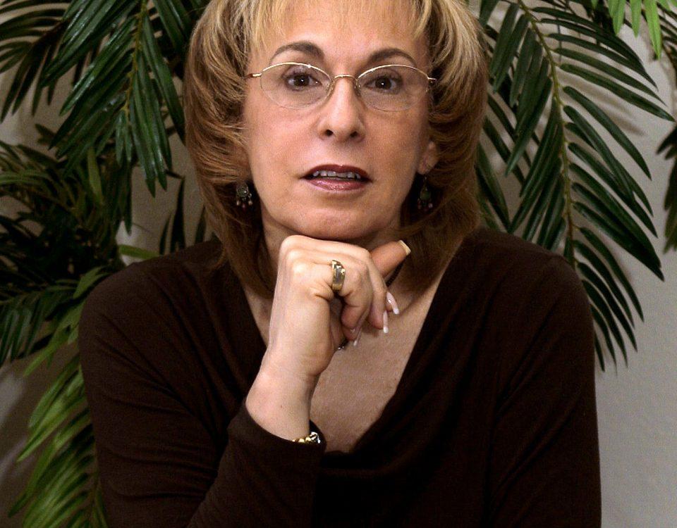 Estelle Pecchio